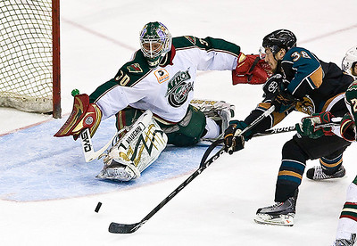 May 20, 2009 - The Houston Aeros scored in overtime to defeat the Manitoba Moose 5-4 Wednesday night at the Toyota Center.  With the win, The Aeros stay alive in the Western Conference Finals, trailing the series 3 games to 1.