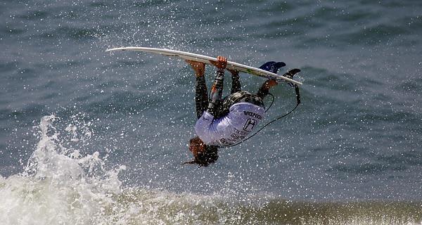 2006 US OPEN SURFING HUNTINGTON BEACH CALIFORNIA