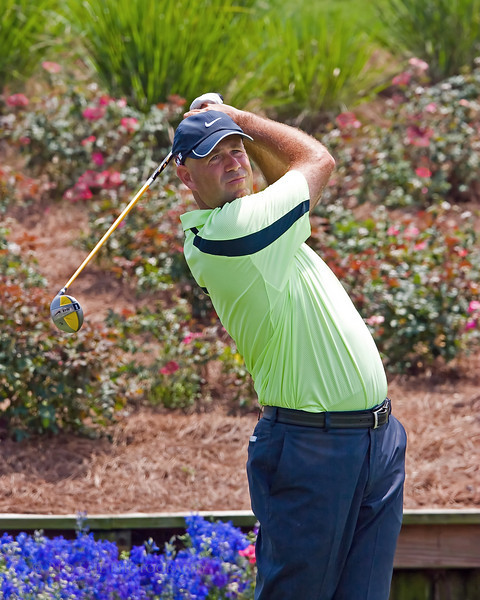 Stewart Cink tee's off at the 18th, Players Championship in Ponte Vedra.