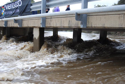 Katrine Bridge. compulsory portage