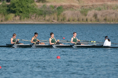 Rowing-20100508082758_8083