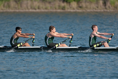 Rowing-20100508082744_8072