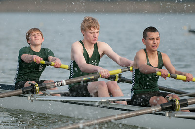 Rowing-20110213094215_0530