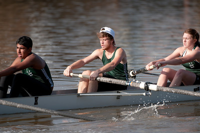 Rowing-20111106100013_4984