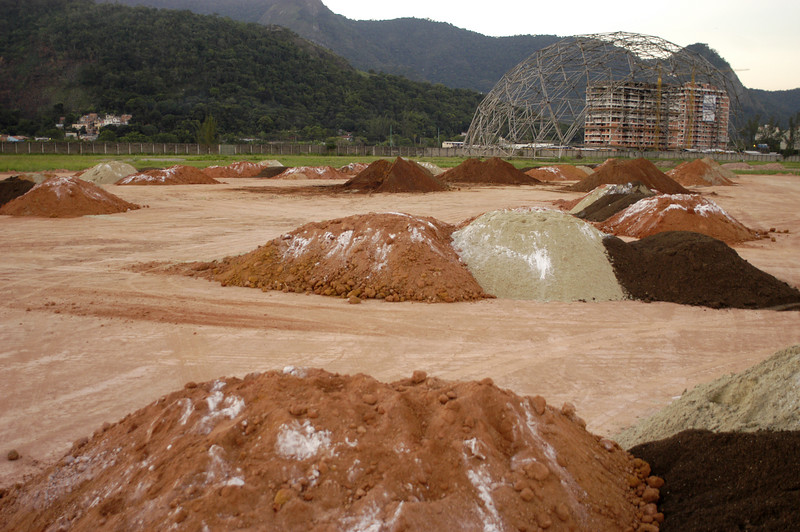 A view of the construction site at the 250,000 sq. meters area is known as Cidade do Rock (Rock City), where two major international music festivals were held In 1985 and 2001 in Rio de Janeiro, Brazil. the area will hold temporary facilities for baseball (stadium and training field), and softball (stadium) competitions for the Pan-Am games in  July 2007.(AustralFoto/Douglas Engle)