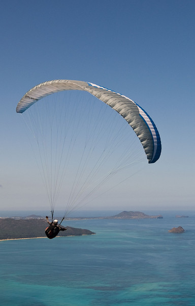 Paragliding on Oahu