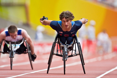 Josh George (USA) competing in the 200m T53