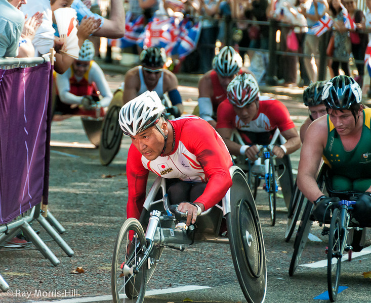 They can't catch David Weir in the Marathon T54 race.