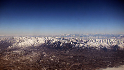 Approach to SLC, showing Wasatch mountains east and south of city