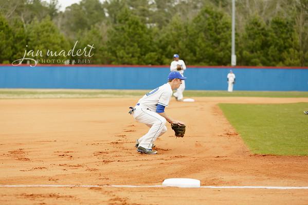 JMadert_PRHS_Baseball_Varsity_0303_2014_007