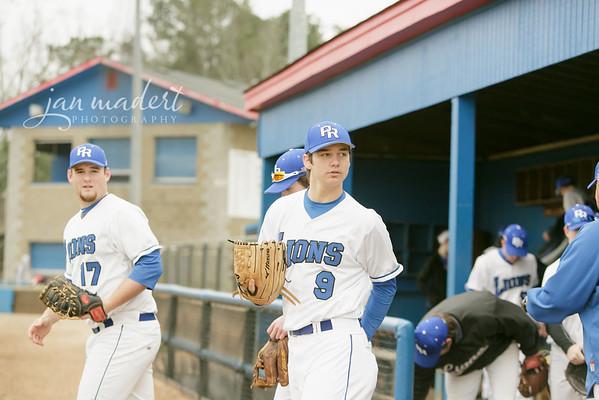 JMadert_PRHS_Baseball_Varsity_0303_2014_005