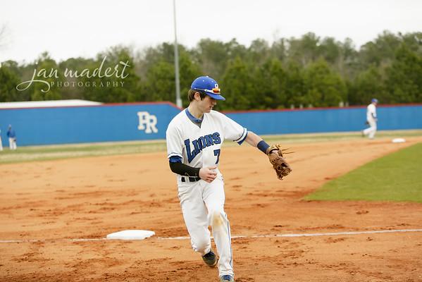 JMadert_PRHS_Baseball_Varsity_0303_2014_011