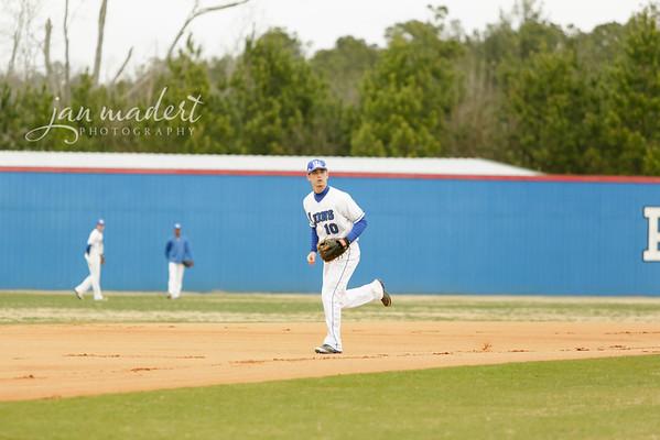 JMadert_PRHS_Baseball_Varsity_0303_2014_010