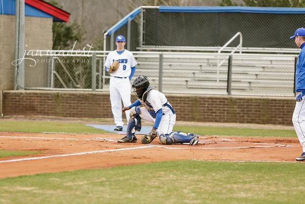 JMadert_PRHS_Baseball_Varsity_0303_2014_013