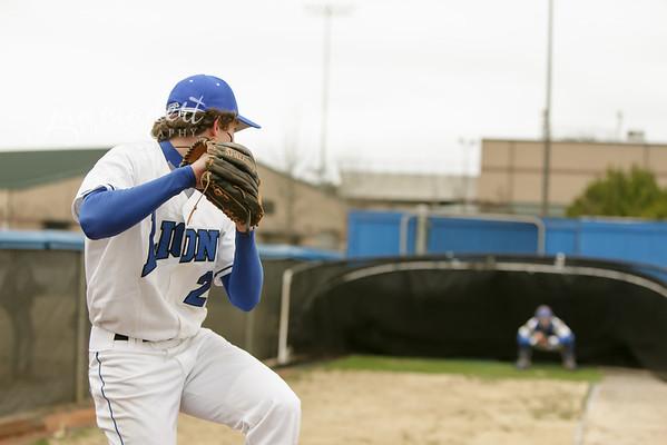 JMadert_PRHS_Baseball_Varsity_0303_2014_006