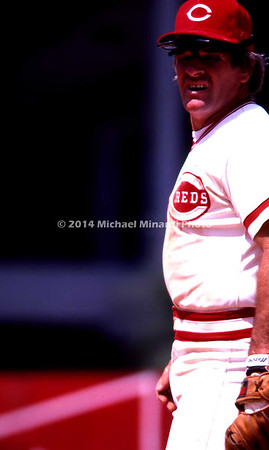 Pete Rose at 2nd base img108