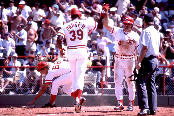 Pete Rose greets Parker at home plate img119