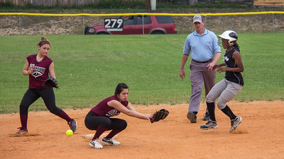 Azia steals second base in the first inning