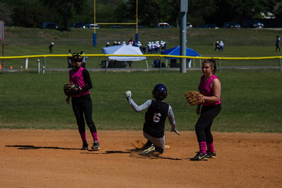 Alna steals second base