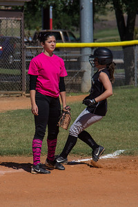Hannah pulls up into third base