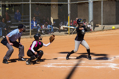 Jasmine hits a single in the first inning