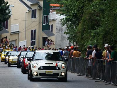 Minis Climbing the Wall