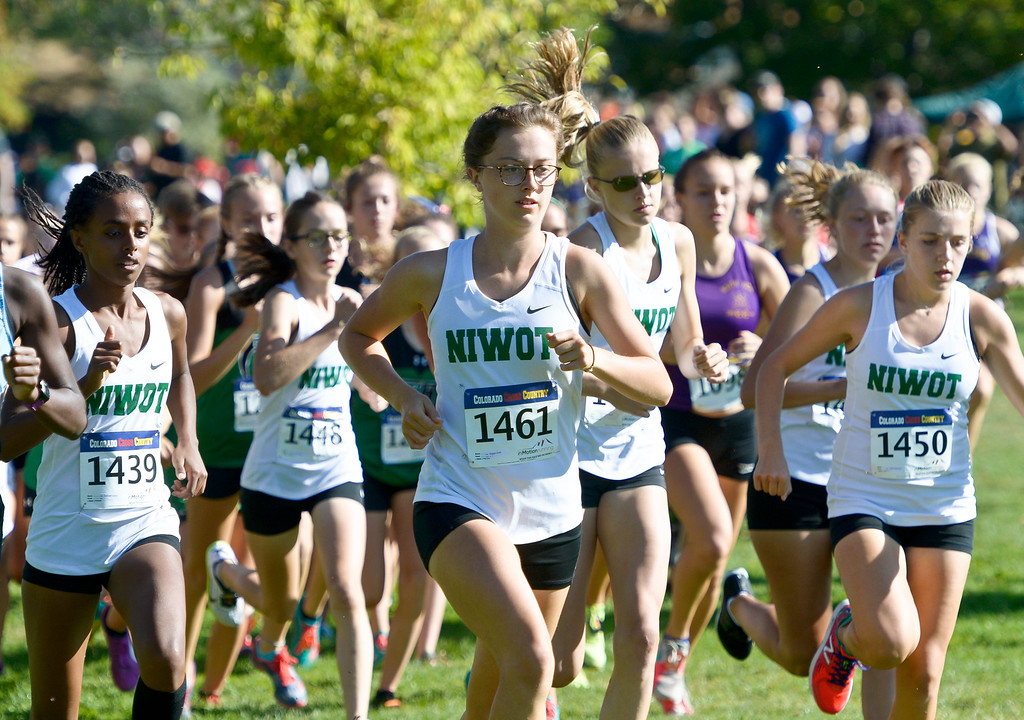 . BOULDER, CO - SEPTEMBER 22, 2018: Eventual race winner Maggie Smith, center, and the rest of the Niwot girls varsity team start together at the Pat Patten Cross Country Invitational Sept. 22 in Boulder. (Photo by Lewis Geyer/Staff Photographer)