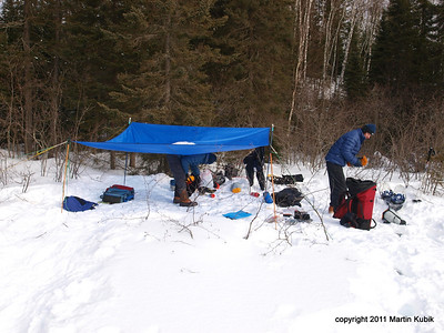 Saturday morning and we are packing up.  Tarp serves to keep frost off our sleeping bags at night.