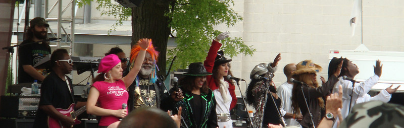 George Clinton & Parliament Funkadelic performing in the infield