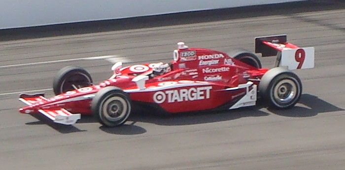 """Scott Dixon during the shootout segment. <p> This image is released under the <a rel=license href=""""http://creativecommons.org/licenses/by-sa/3.0/"""">Creative Commons Attribution-Share Alike 3.0 Unported License</a>."""
