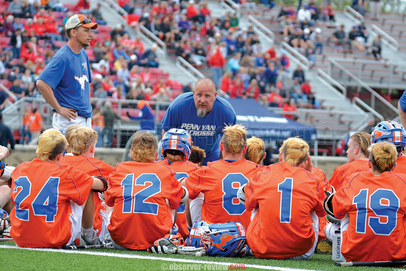 Head Coach Brian Hobart talks with the Mustangs during halftime in the final game at St. John Fisher College. PENN YAN PHOTOS BY: Dusty Blumbergs