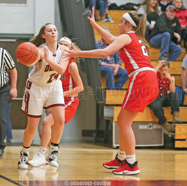 Makenzie Cratsley passes the ball in the Tuesday, Dec. 17 game.