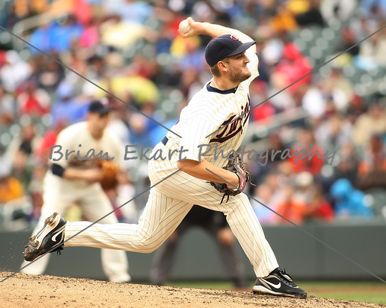 Minnesota Twins pitcher Glen Perkins (15) pitches during the game on May 26, 2012: at the Minnesota Twins game versus the Detroit Tigers at Target Field in Minneapolis, MN.   Detroit 6 and Minnesota 3.
