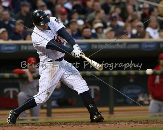 Minnesota Twins infielder Brian Dozier (20) at bat during the game on May 8, 2012:  at the Minnesota Twins game versus the Los Angeles Angels of Anaheim at Target Field in Minneapolis, MN.