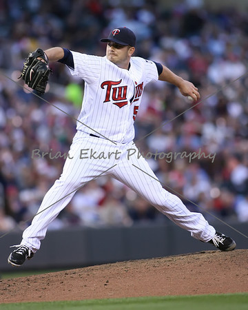 Minnesota Twins pitcher Brian Duensing (52) pitching during the game on May 12, 2012:  at the Minnesota Twins game versus the Toronto Blue Jays at Target Field in Minneapolis, MN.
