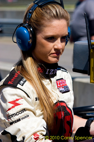 Izod Indycar Versus Announcer Lindy Thackston