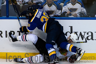 NHL: APR 13 Round 1 - Game 1 - Blackhawks at Blues
