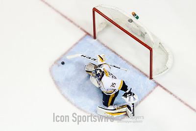 NHL: APR 28 2nd Round Game 2 - Predators at Blues