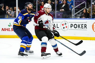 NHL: DEC 14 Avalanche at Blues
