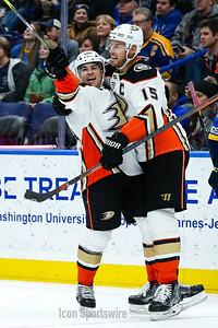 NHL: DEC 14 Ducks at Blues