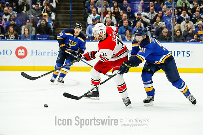 NHL: DEC 30 Hurricanes at Blues