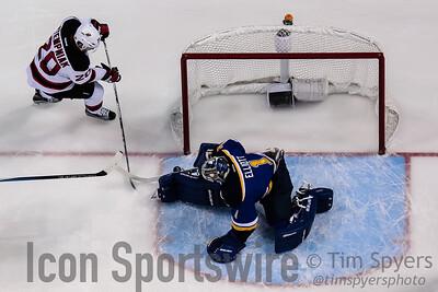 NHL: JAN 12 Devils at Blues