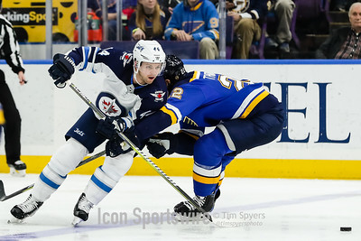NHL: FEB 23 Jets at Blues