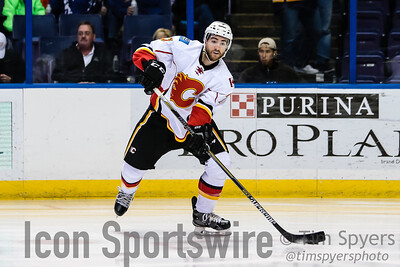 NHL: DEC 19 Flames at Blues