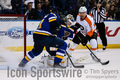 NHL: DEC 10 Flyers at Blues