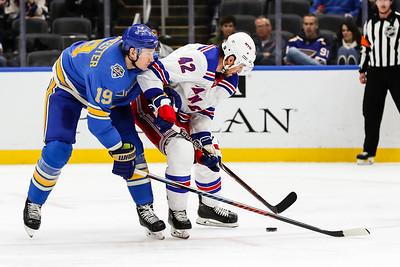 NHL: JAN 11 Rangers at Blues