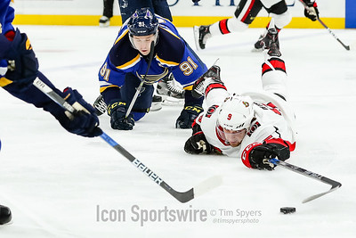 NHL: JAN 23 Senators at Blues