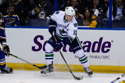 NHL: MAR 23 Canucks at Blues