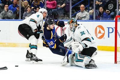 NHL: MAR 27 Sharks at Blues