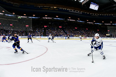NHL: NOV 04 Maple Leafs at Blues